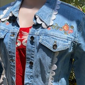 Adorable floral embroidered lace trim  jean jacket